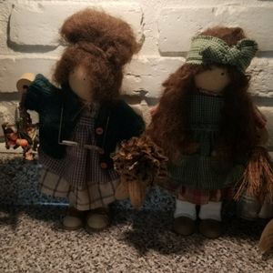 Decorative primitive dolls